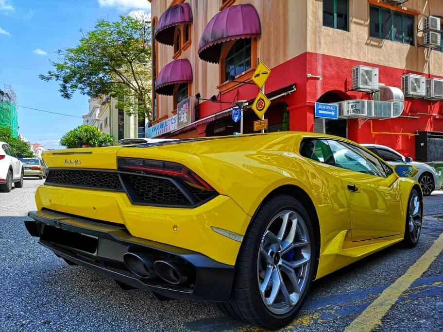 Rent Lamborghini Huracan in KL