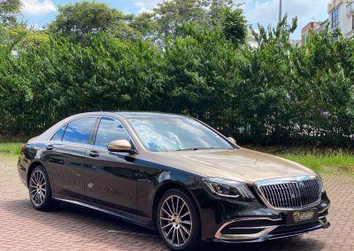 Rent Mercedes Maybach S560 Near Me
