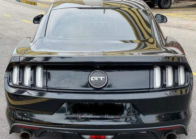 Rent a ford mustang gt 5.0
