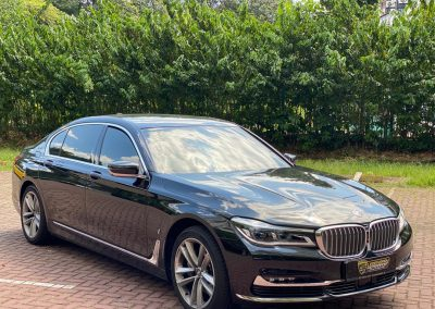 BMW 740le for rent